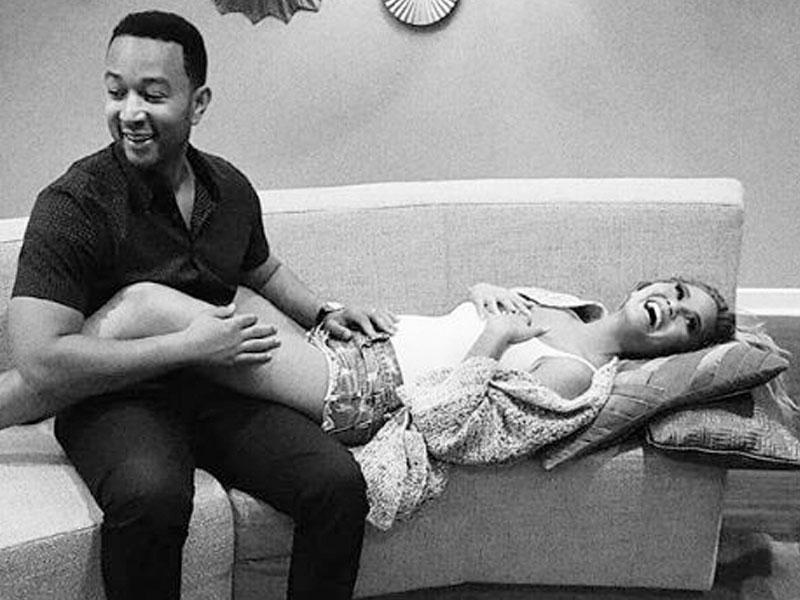 Chrissy Teigen and John Legend Announce Pregnancy