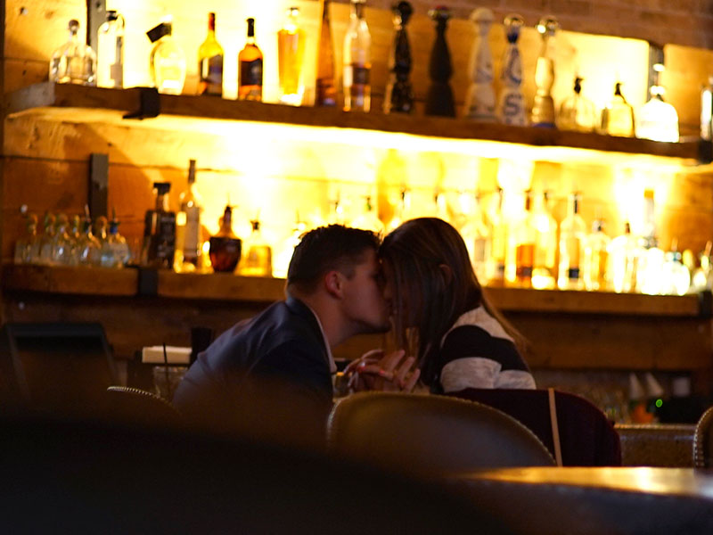Bartender dating tips
