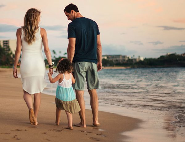 These single parents dating look happy on the beach with a little girl because they listened to these tips.